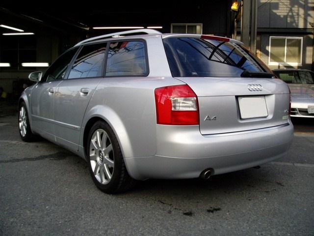 アウディ A4 アバント(Audi) 修理