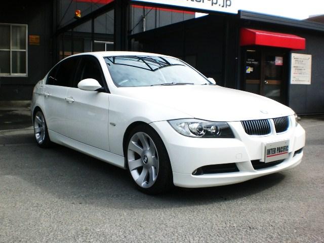 BMW 320i (E90) 板金塗装