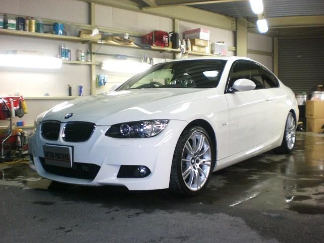 BMW 320i クーペ (E92) 板金塗装