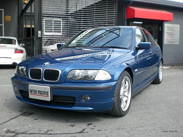 BMW 318i 板金塗装