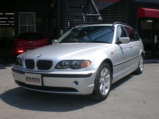BMW 325iツーリング 板金塗装
