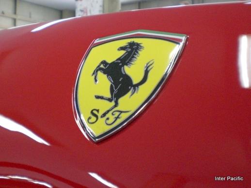 フェラーリ F355 七宝焼きエンブレム取付加工